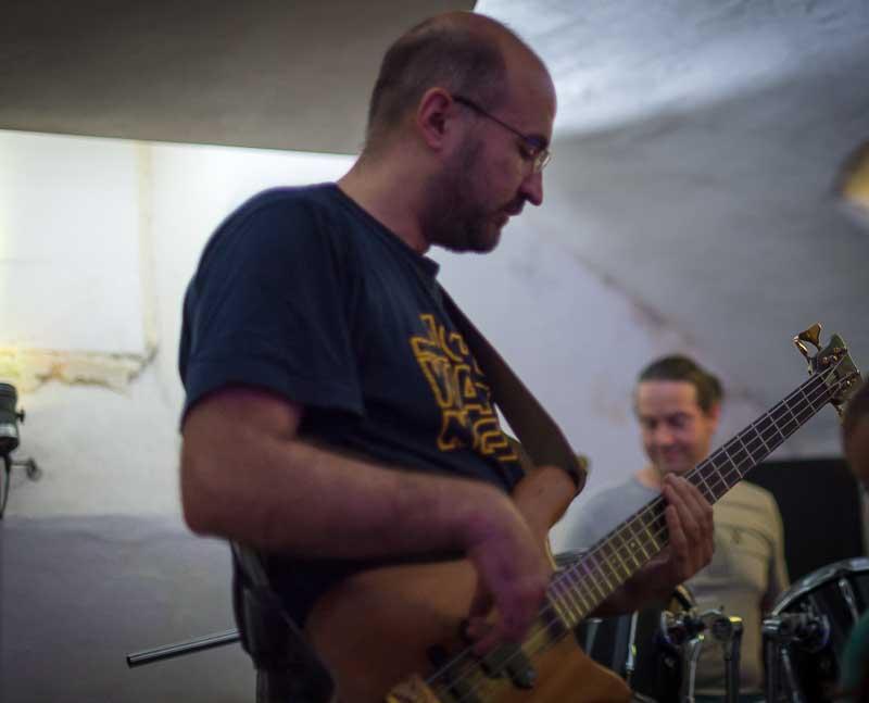 Klaus mit Warwick Steamer Bass